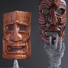 Pasha  Mad - Masks sculptures
