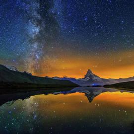 Matterhorn By Night by Ralf Rohner