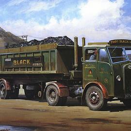 Maudslay coal lorry. - Mike Jeffries
