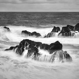 Jon Glaser - Maui in Turmoil