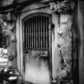 Melissa Bittinger - Mausoleum Winter, Gothic Cemetery Crypt