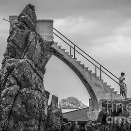 Amy Fearn - Mazatlan Cliff Divers