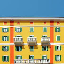 Alexandre Rotenberg - Mediterranean Colours on Building Facade