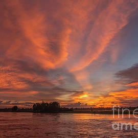 Werner Padarin - Mekong Sunset 3