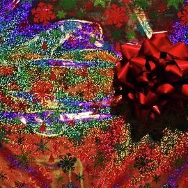 Cynthia Guinn - Merry And Festive Gift