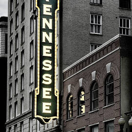 Sharon Popek - Mighty Tennessee