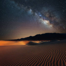 Darren White - Milky Way Over Mesquite Dunes