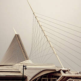 Milwaukee Art Museum Quadracci Pavilion by Mark Fuge
