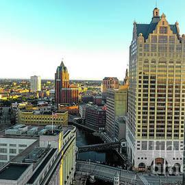 Randy Kostichka - Milwaukee River in the morning