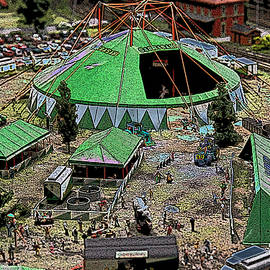 Colin Hunt - 10901 Miniatur Wunderland Model Railroad #101 - Circus