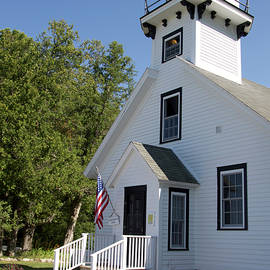 Thomas Woolworth - Mission Point Lighthouse Michigan Vertical 02