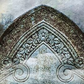 Melissa Bittinger - Misty Grave Victorian Headstone