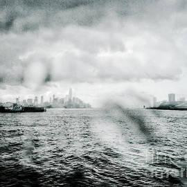 Angelo Merluccio - Misty Morning Vapor