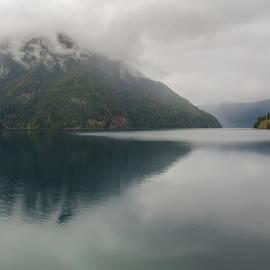 Kristina Rinell - Misty Mountains
