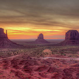 Mike Deutsch - Mittens, Monument Valley Arizona