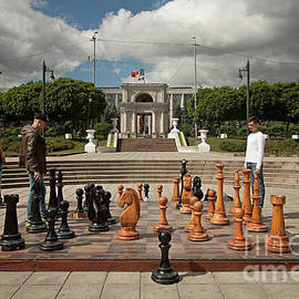 Christian Hallweger - Moldovan Chess