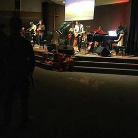 Mike Bennett - Monday Night Worship! #christian