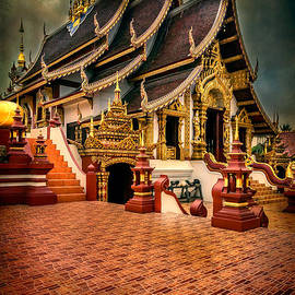 Monthian Temple Chiang Mai  by Adrian Evans