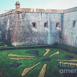 Colleen Kammerer - Montjuic Castle Gardens