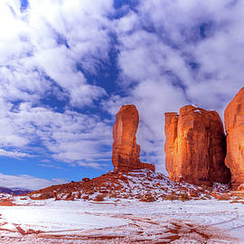Louloua Asgaraly - Monument Valley Utah