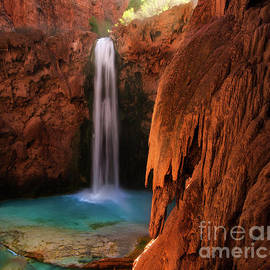 Mooney Falls Havasupai by Bob Christopher