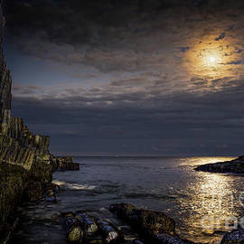 Moonlight on the Cliff by Scott Thorp