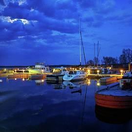 LuAnn Griffin - Moonlight Over Marina