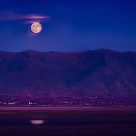 Dave Koch - Moonrise over the Salt Lake