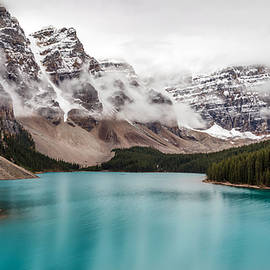 Pierre Leclerc Photography - Moraine Lake in the Clouds