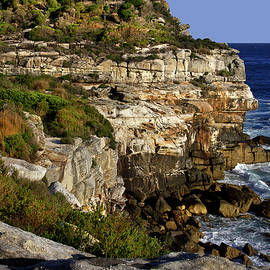 Miroslava Jurcik - More Of North Head Cliff