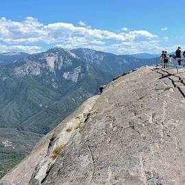 Moro Rock Summit by Connor Beekman