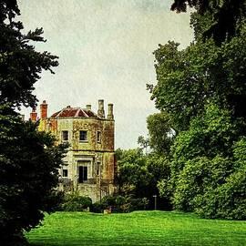 Colin Hunt - 10245 Mottisfont Abbey and Garden
