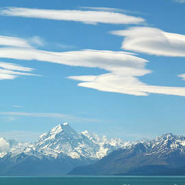 Alex Cassels - Mount Cook and Lake Pukaki
