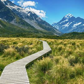 Mount Cook by Martin Capek
