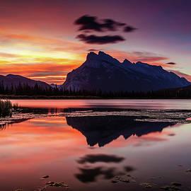 Pierre Leclerc Photography - Mount Rundle Glorious Sunrise