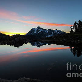 Mount Shuksan Arc of Light Reflected by Mike Reid