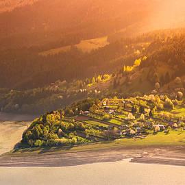Paraschiv Alexandru-Serban - Mountain Sprink Lake Sunset