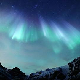 Mountainous Auroral Curtains by David Broome
