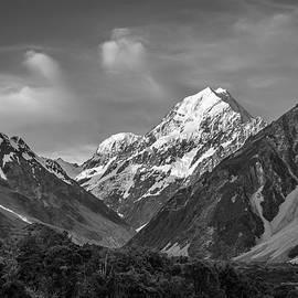 Racheal Christian - Mt Cook Wilderness