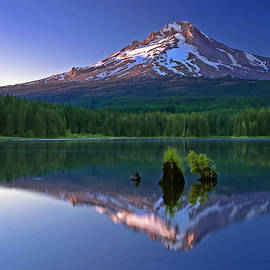 William Lee - Mt. Hood reflection at sunset
