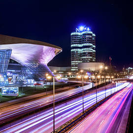 Hannes Cmarits - Munich - BMW city at night