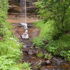Munising Falls by Paul Rebmann
