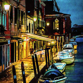 Brian Tarr - Murano at night.