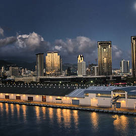 NCL Port of Honolulu by Linda Tiepelman