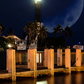New Moon At Hillsboro Inlet Lighthouse by Wolfgang Stocker