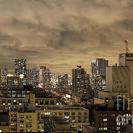 New York Moody Evening by Luther Fine Art
