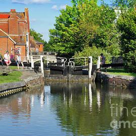 Newbury canal - Tom Gowanlock