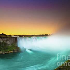 Mariusz Czajkowski - Niagara Falls