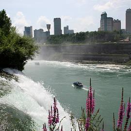 Niagara Mist by Dylan Punke