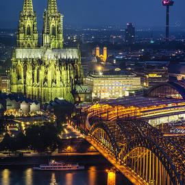 Pablo Lopez - Night Falls Upon Cologne 1